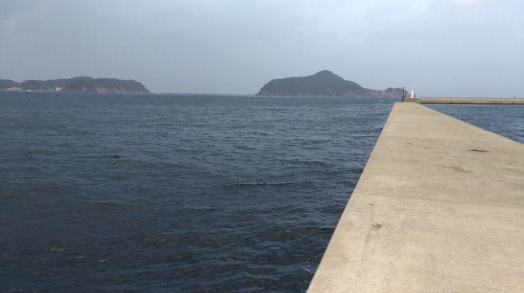 長崎県平戸市野子町にある宮ノ浦漁港の釣り場!青物狙いとエギングで釣果が多い!