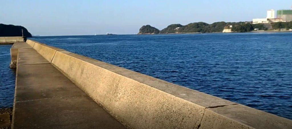 長崎県平戸市白浜港の釣り場!青物とイカの釣果多い釣りポイント!