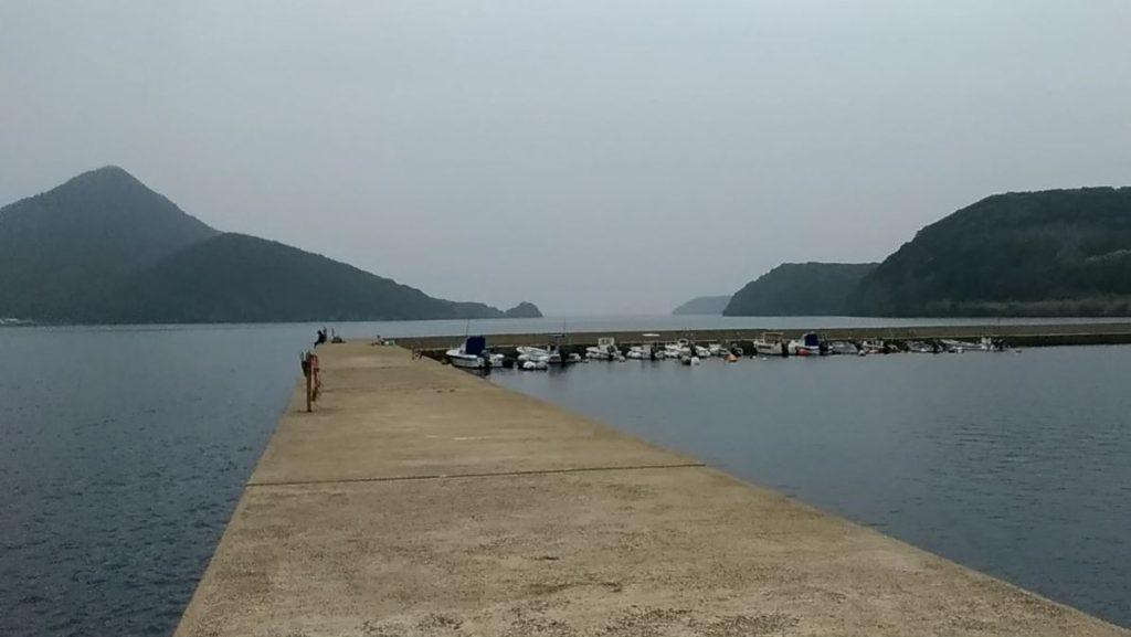 長崎平戸うしろびら漁港の釣り場!簡易トイレあり!砂地で根掛かり多め!